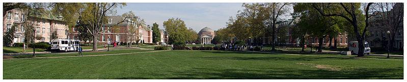 799px-Duke_University_East_Campus_Panorama